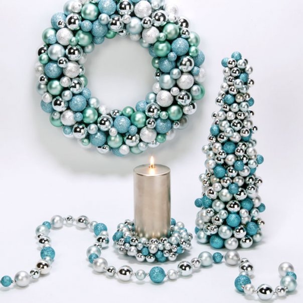 Elegant Tiffany Blue Christmas Decor | AMAZING DESIGN FOR LESS