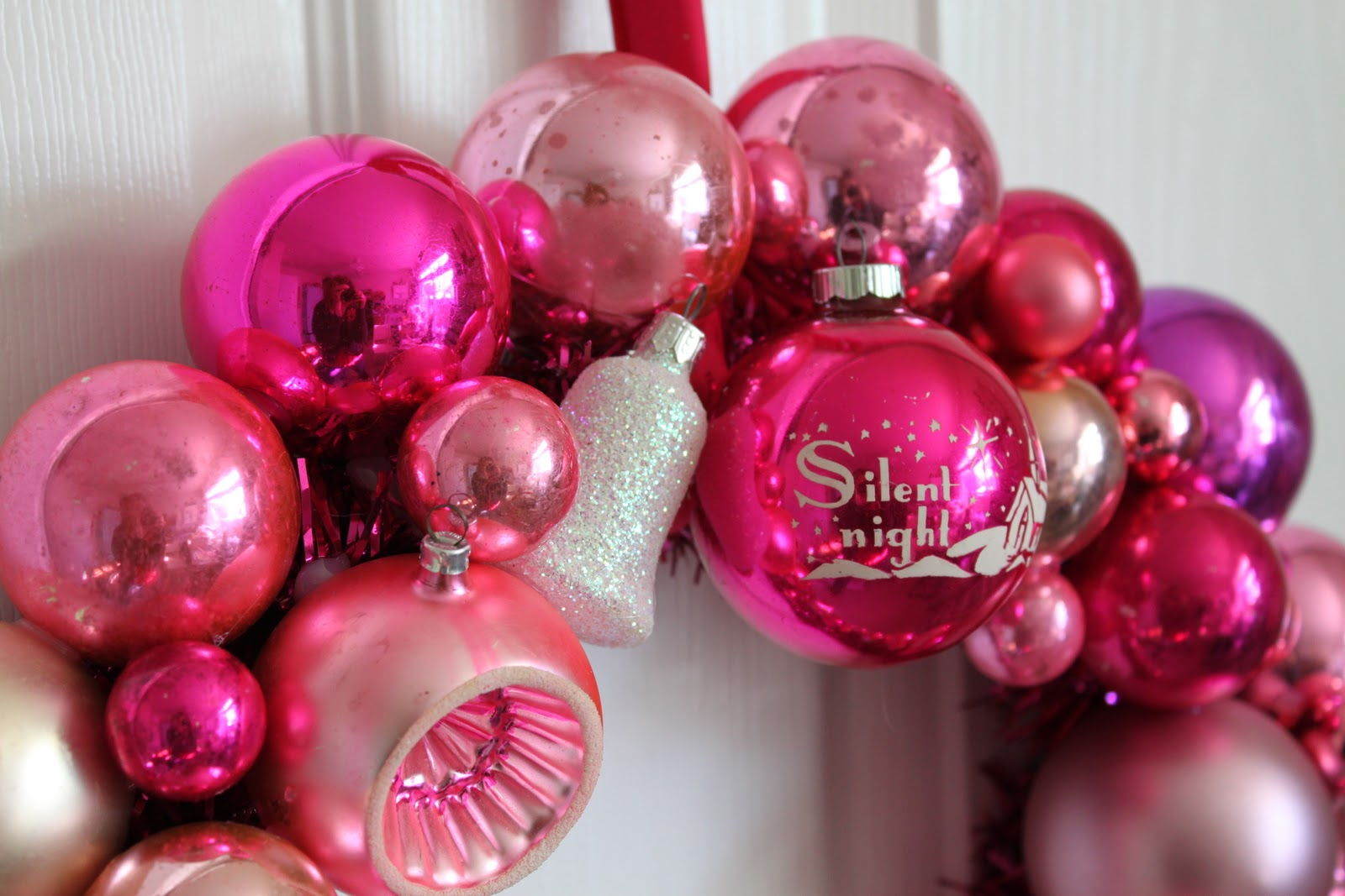 Pink and silver christmas glam holt renfrew inspired for Pink christmas decorations