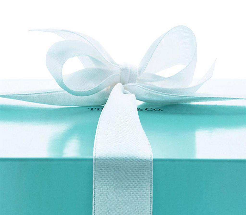 Fresh and elegant tiffany color