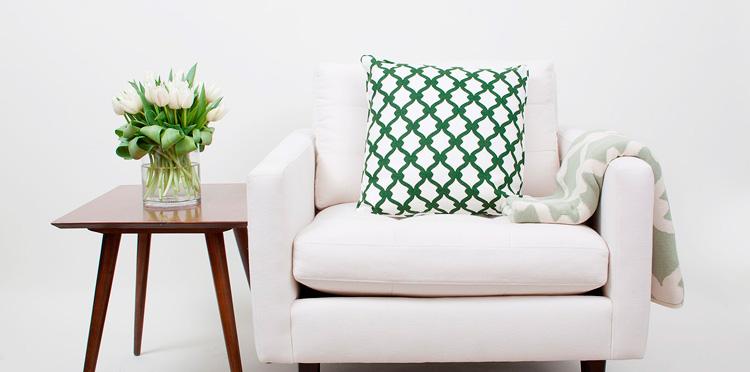 le vert meraude la couleur 2013 de pantone design chic et moins cher. Black Bedroom Furniture Sets. Home Design Ideas