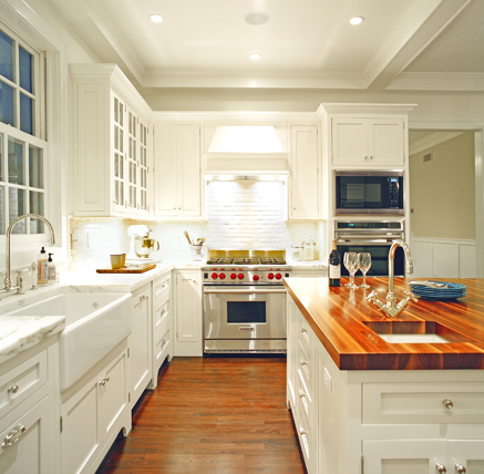 amazing white cabinet kitchen islands | White Kitchen Inspiration | AMAZING DESIGN FOR LESS